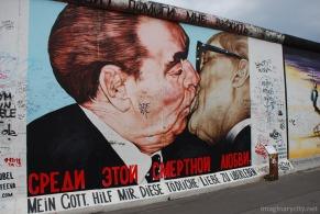 famous kiss